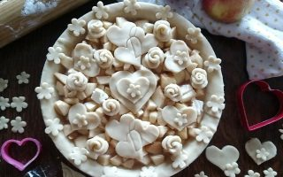 Hearts and Roses and Apple Pie